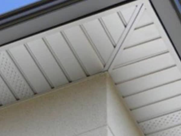 neovivo-pose-dessous-toit-lambris-cache-moineaux